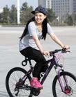 单车女孩 L . J . R